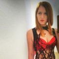 Alexa zarte Escortmodel mit versauten Striptease als Reisepartner Sex Berlin buchen