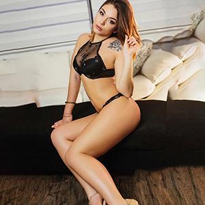 Kiara Top zarte Edel Escort Dame mit geilen Strippen bei Sex Erotikportal Wuppertal