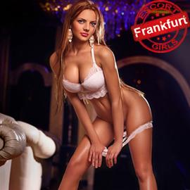 Alexandra - Escort Frankfurt Begleitagentur mit zierlichen Modellen