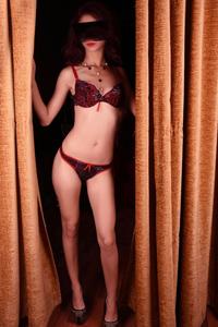 Alina 2 - Zierliche Volljährige Prostituierte Sex im Freien