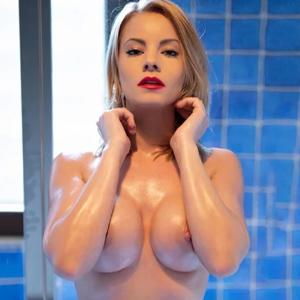 Ani - Research Models from Eschborn amuse you with Shower and Bathing Fun at Search Him