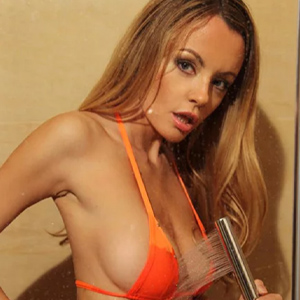 Camille - Private Models Frankfurt From Belgium Erotic Guide Enchants You With Striptease