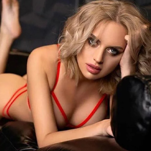Clara - Private Models Frankfurt 21 Years Escort Service Increases Your Pleasure With Anal Sex