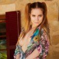 Darina - Luxury Woman Düsseldorf 23 Years Sex Striptease