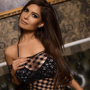 Gabi - Young Escort with Dark Hair beguiles with Role Play Special at Mediation in Schönefeld
