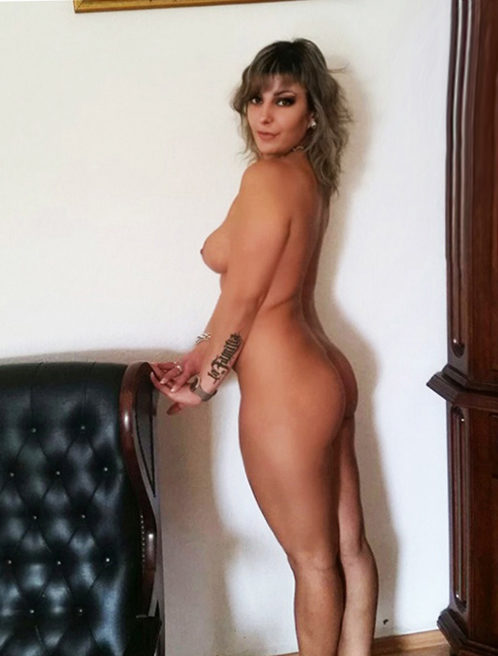 Linda - Elite Escort Berlin 85 C Sex Anal
