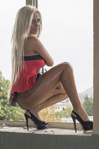 Julia - Teenie Girl wartet auf Sexbekanntschaften in Berlin