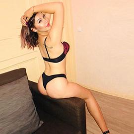 Karyna - Anal Sex Bekanntschaften mit jungen unbehaarten Modellen