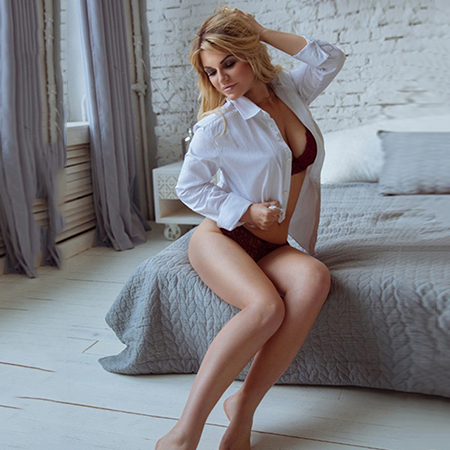 Katrina - Short Term Sex Date In Private Apartment Berlin With Escort Models
