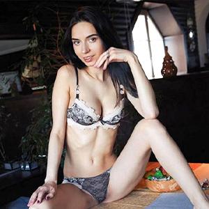 Kitty - Junge Escort Frauen aus Italien bezirzen mit Spanisch bei Sexkontakte