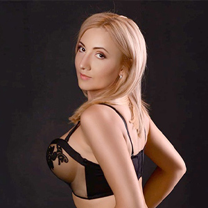 Liane - Easy going Private Whores from Potsdam delighted with Striptease at Acquaintances
