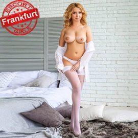 Marta reife Fußfetische Frau sucht Mann über Escort Frankfurt am Main