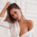 Mellrose - Sexy Escortmodels from Bochum seduce with Petting and Cuddling during an Affair