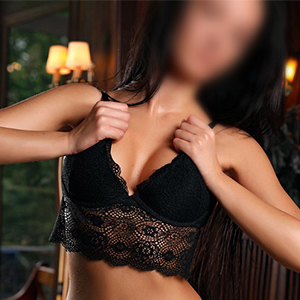 Mila - Sexy Escort Ladies from Dusseldorf satisfy with French with Travel Companions