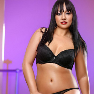 Mimmi - Hot Bulgarian from Schönefeld tempts with Striptease during House Calls