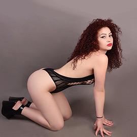 Miranda - Naturgeile Hure Sexdate im Club mit Massagen