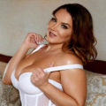 Molly - Curvy Escortmodels from Berlin increase the lesire for Spanish with Acquaintances
