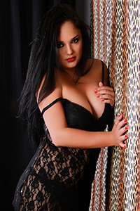 Ornela - Escort Ladie Offers Intimate Sex Acquaintances For Money