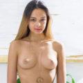 Roxana - Escort Girl Berlin 75 B Liebt Sexdate Vibratorspiele