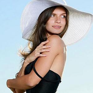 Sanela - Privatmodelle aus Bulgarien möchte Schmusen und Kuscheln beim Flirten