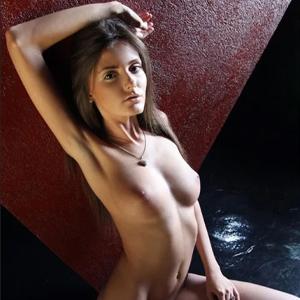 Shanty - Dürre Prostituierte aus Frankfurt erfreut auf Wunsch mit Stellungswechsel bei Käufliche Liebe