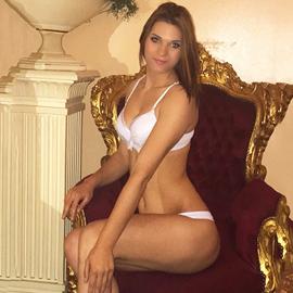 Sonja 2 - Zierliche Freizeithuren über Sexanzeigen bestellen
