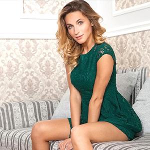 Valentina - Charmante Dame aus Beelitz widmet sich der erotischen Fusserotik bei Hausbesuche